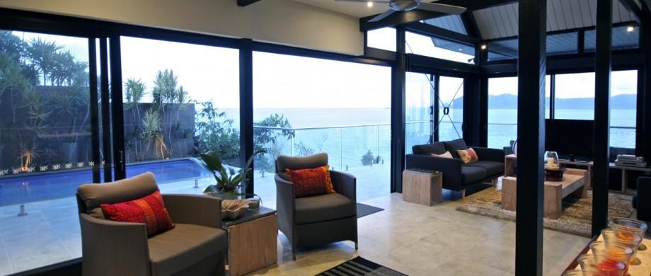 Lima lounge pool